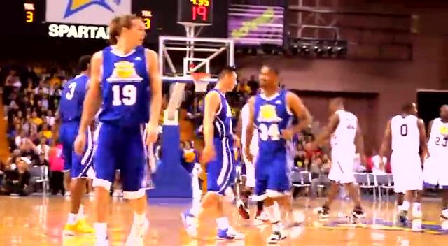 激情回顾林书豪早期篮球表演 速度制胜high爆篮筐截图