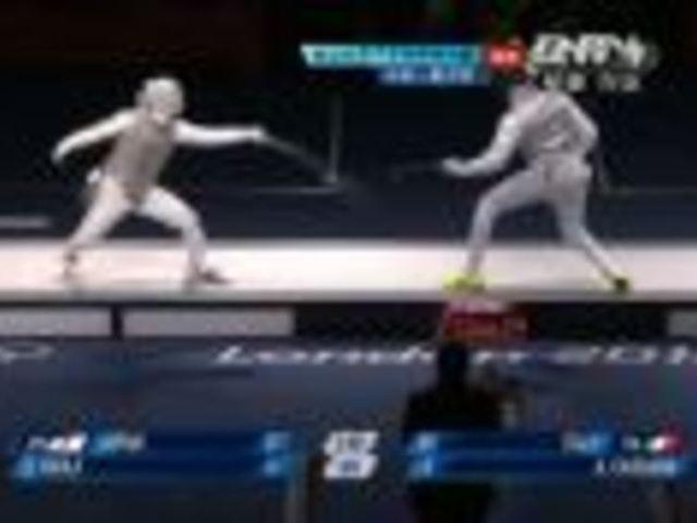 视频:卡萨拉灵巧一剑刺对手 仰天长啸显霸气