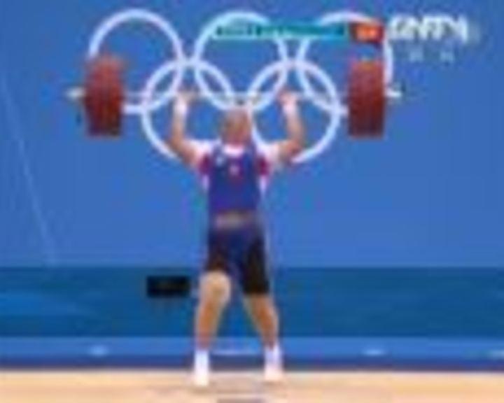 视频:女举75kg以上级挺举 卡什叶娜1举成功