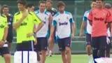 视频:皇马集结备战新赛季 关注卡卡能否留队