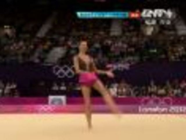 视频:艺术体操个人全能 波兰乔安娜获26.850