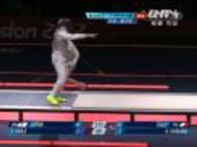 视频:一剑让比赛暂停 随后裁判红牌处罚日本