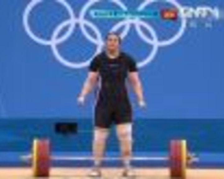 视频:女举75kg以上挺举 拉马丹2举155kg成功