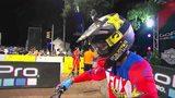 视频:摩托车跳高赛 Ronnie挑战10米七度夺冠