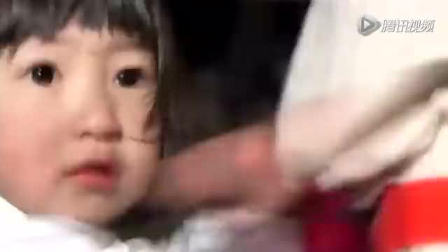 视频:日本小萝莉雪地光脚练空手道 仅穿单衣