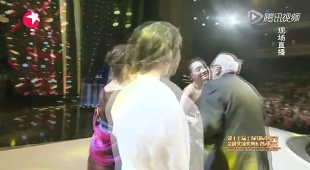 金爵奖最佳影片:希腊电影《小英格兰》截图