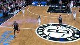 【得分】斯隆识破对手意图 断球一条龙上篮对手毫无办法