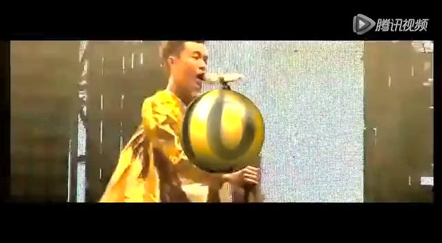 苏打绿十周年巡演上海站落幕 青峰上演脱口秀