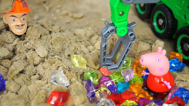 沙地寻宝益智游戏 小猪妹开挖掘机惊呆光头强