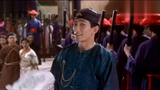 《九品芝麻官》周星驰智擒大内高手徐锦江,惨无人道的靖西姜黄豆腐图片