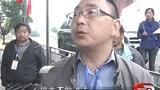 天全县老场村村民自制帐篷开展自救