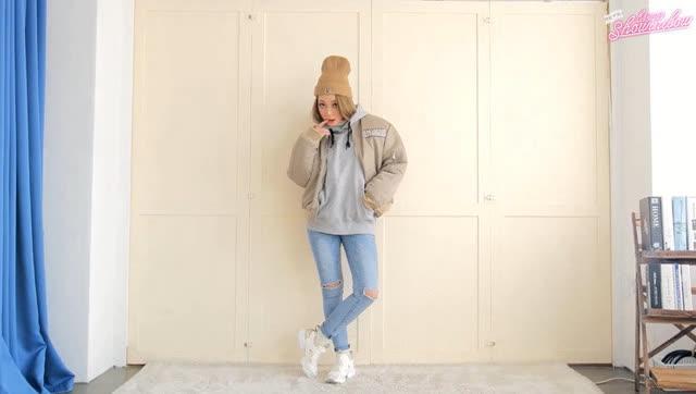 秋冬季 长腿美女的10套时尚穿衣搭配