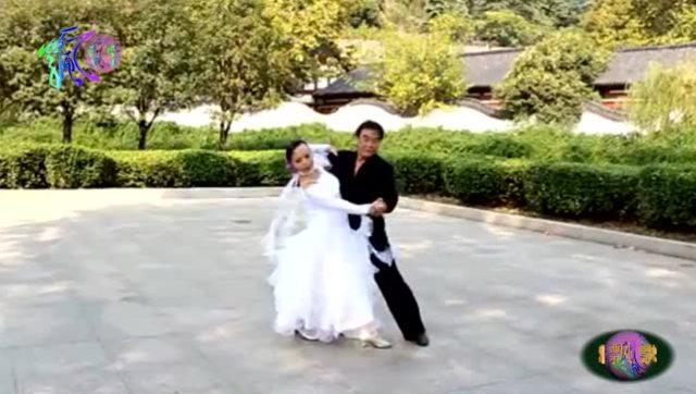 网络音乐 《二泉映月》--二胡与笛子: 杨雪,李娟