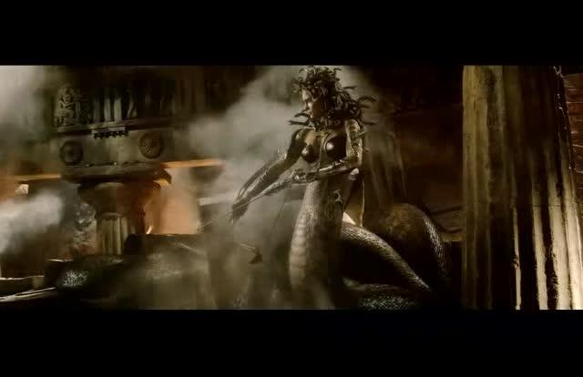 『诸神之战』第一季 第5集 美杜莎