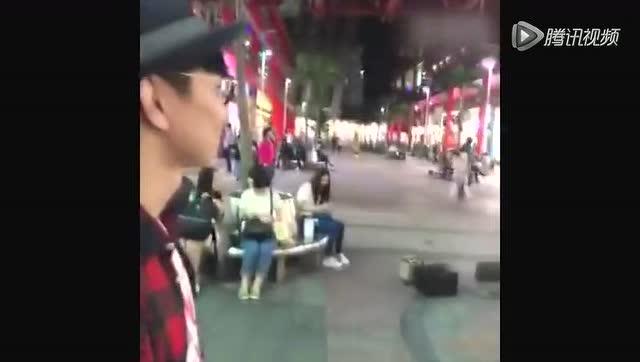 林俊杰与街头艺人合唱惹争议图片