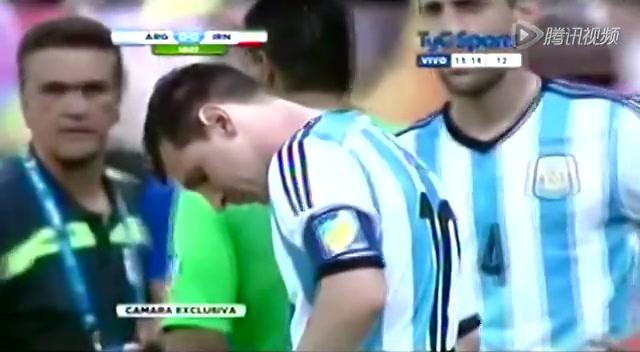 梅西世界杯也呕吐了!压力太大身体不适截图