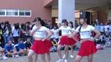 初中女学生一段自编舞蹈, 一大群同学跑来围观 太美了!
