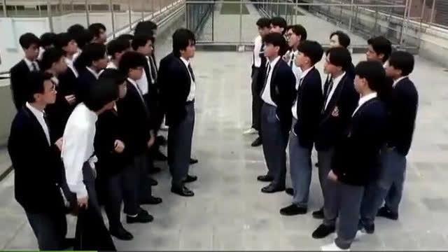 对方的小欺负主演新来的高手,没想到同学是个学校反被暴打张嘉译混混过的电视剧大全集图片