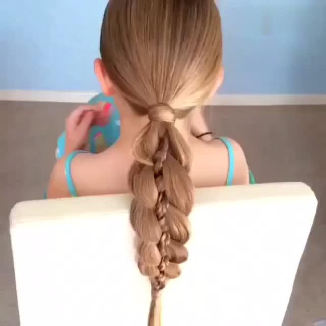 一款简单优雅的花样气质淑女发型编发教程