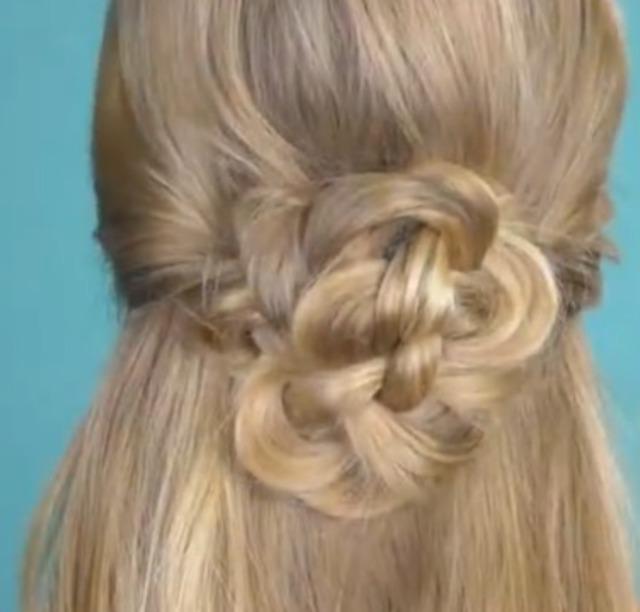 很漂亮女生编织发型教程图片