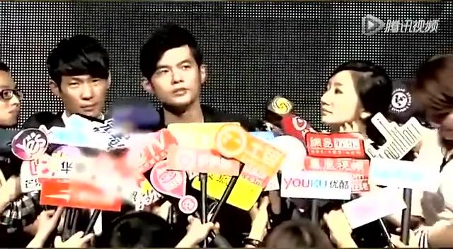 """周董预计35岁大婚  网友情绪低迷""""全民失恋""""截图"""