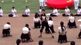 美女学生运动会舞蹈 看完默默地去收藏