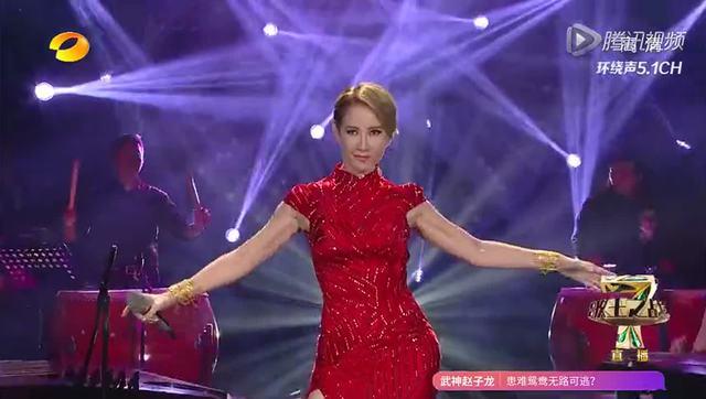回顾第4季:李玟《月光爱人》红色旗袍美哭全场登顶歌王图片