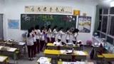 高中舞蹈《兔子舞》,领队的妹子跳得真不赖!