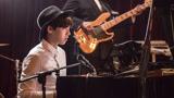 《怦然星动》精彩片段:李易峰钢琴弹奏帅炸了