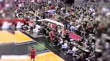 艾弗森风骚上篮戏耍乔丹 回顾97赛季荣耀之路头像