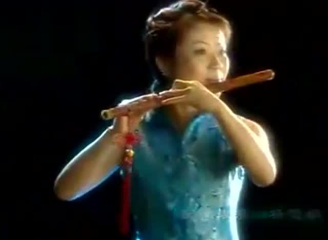 笛子演奏《九九艳阳天》如清泉般流淌,好听