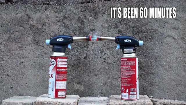 喷火罐对喷会发生什么呢?