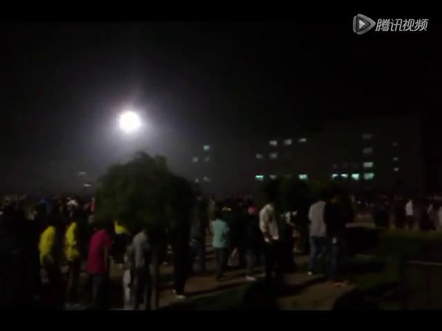 富士康太原廠大規模騷亂 千人毆打警衛破壞廠區