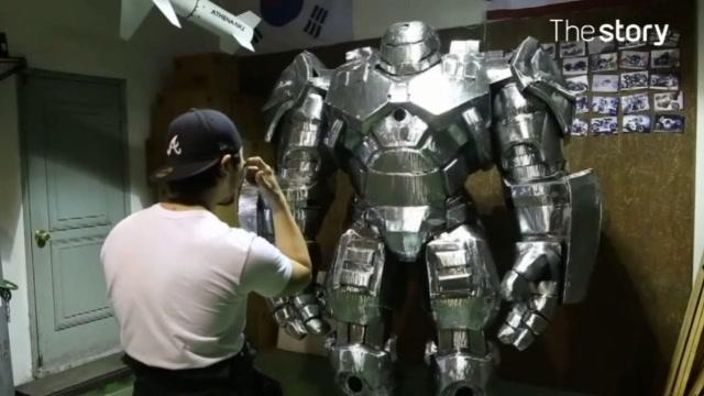 牛人打造钢铁侠反浩克装甲,这质感堪称完美!