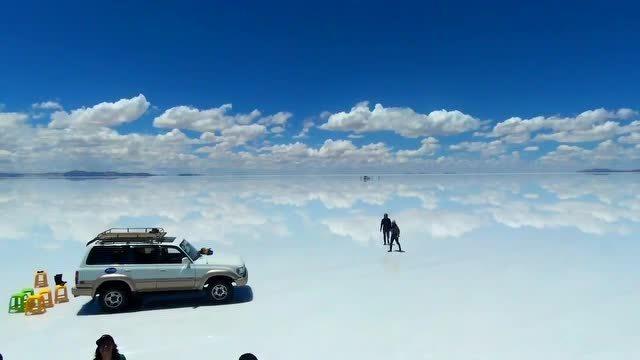 传说中的天空之镜——乌尤尼盐沼,次元的结界般存在