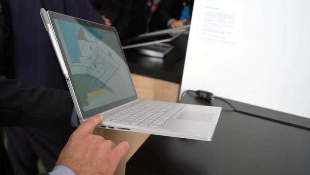 16小时续航!微软新Surface Book上手:性能暴增