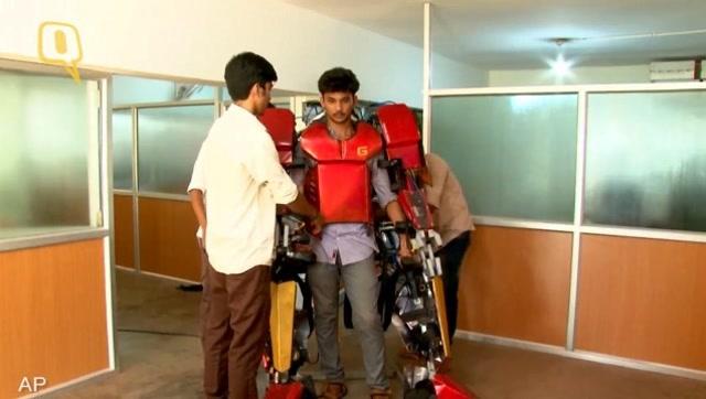 印度学生制作现实版行走钢铁侠套装