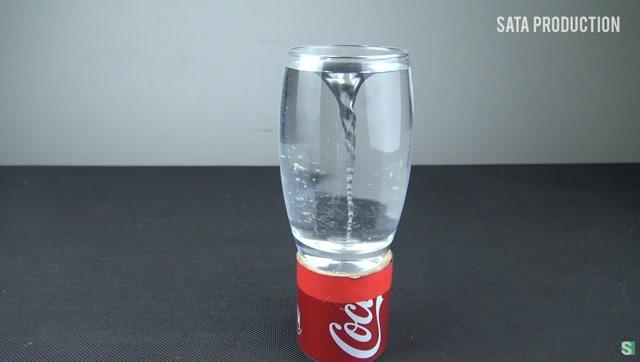 杯中水龙卷,思想很妙的手工达人教你来这样造