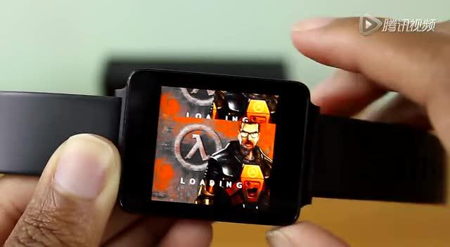 你没有看错 国外高玩在手表上运行《半条命》游戏