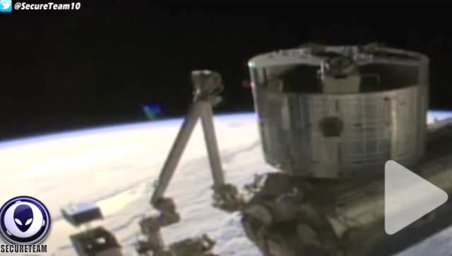 空间站直播惊现UFO NASA立即中断画面