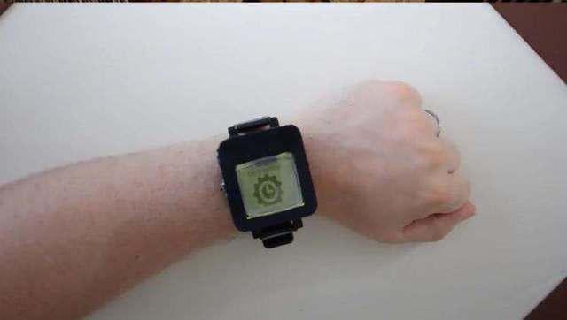 看達人如何將諾基亞1100改造成智能手表