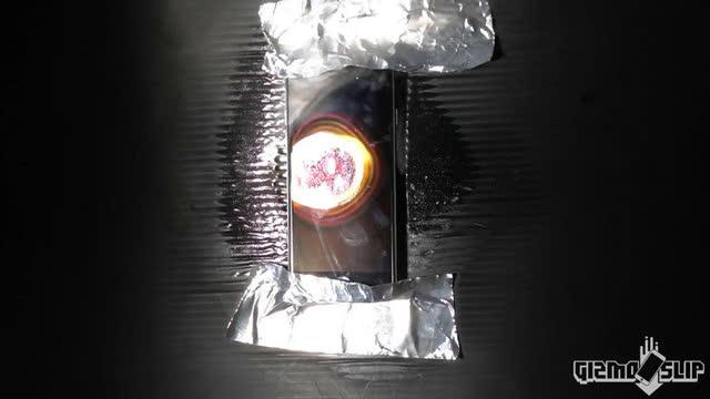 把iPhone 7放太阳下晒 结果竟然熔化了