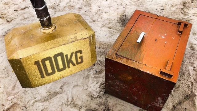 100公斤的雷神之錘能夠破壞掉250公斤的保險箱嗎?
