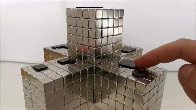 用10mm立方体磁铁制成的新磁性雕塑