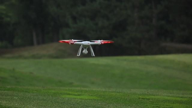 小米无人机自动起落演示视频
