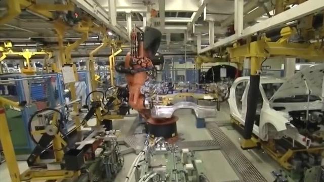 国外全自动化的汽车工厂,一个人都没有全是机械手臂