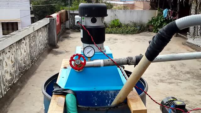 农村小哥用水发电,看他是怎么做到的