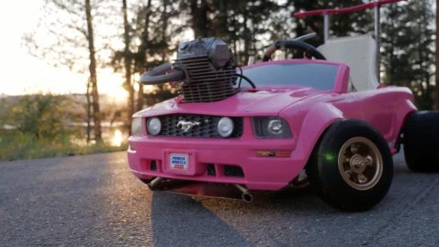 真會玩!將本田發動機裝在玩具車上,跑起來速度飛快