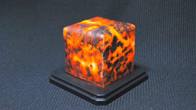 现实版Minecraft:手工帝神还原minecraft岩浆方块