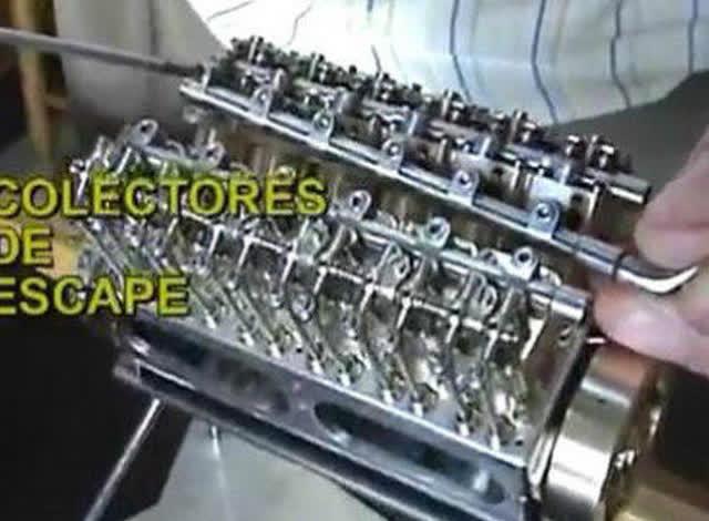 牛人打造微型12缸引擎
